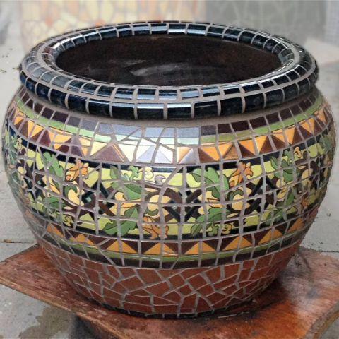 Vine Weave Mosaic pot